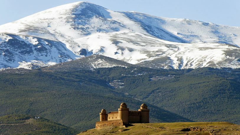 Sierra Nevada and The Calahorra castle