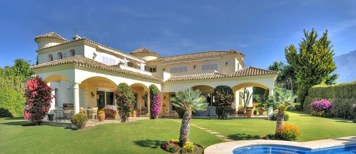 Villa Espino, Andalucia - Sleeps 12