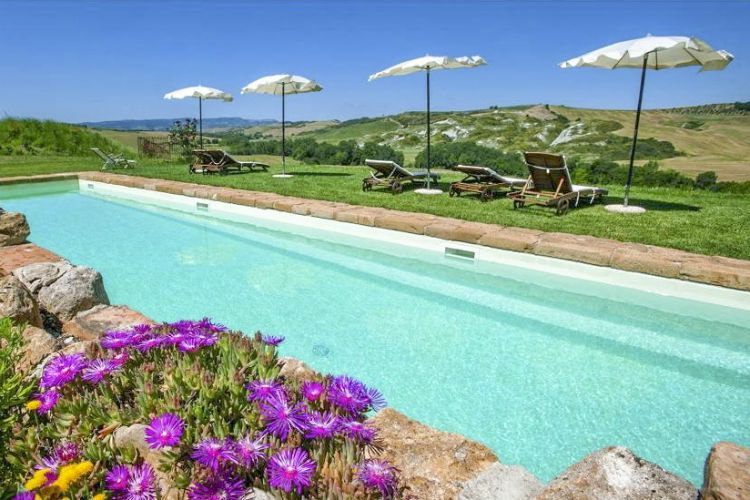Villa-Orlandi-Tuscany-Olivers-Travels