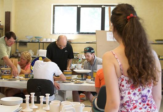 Ceramics Painting Classes - Via Umbria