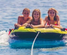 Mamboats - Fun in Ibiza