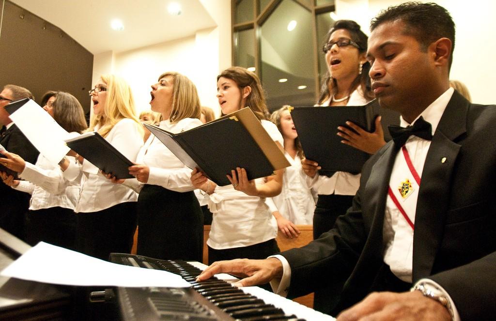 Choir - Michael Swan