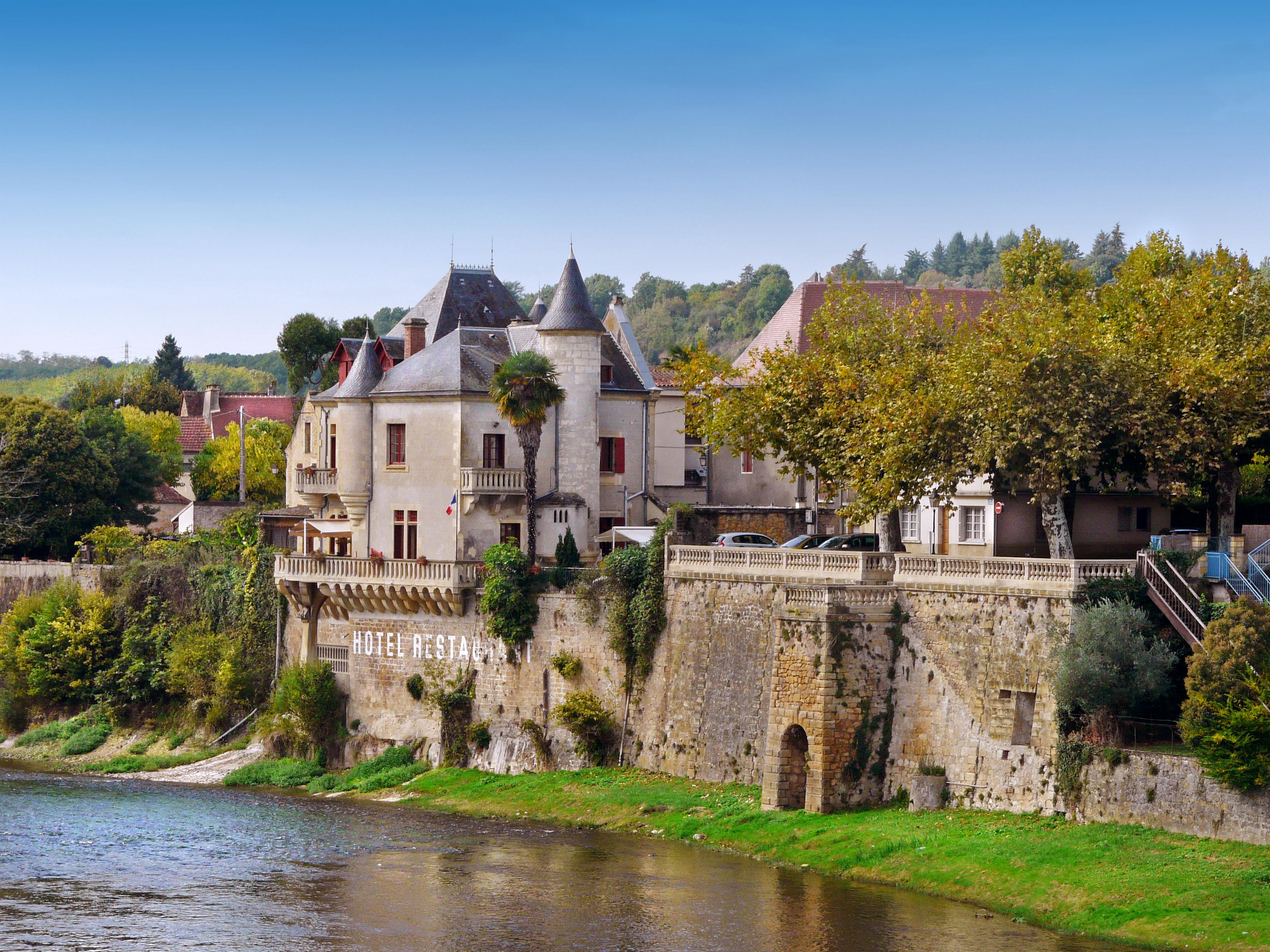 Best Dog Friendly French Villas