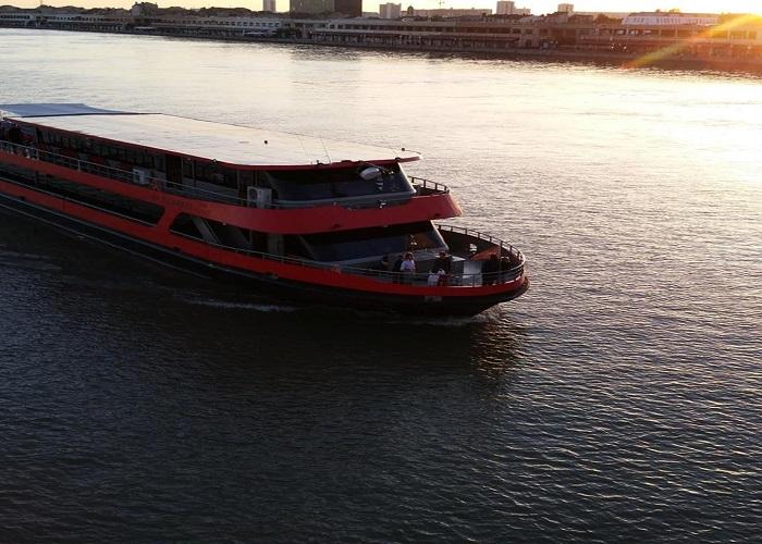 River Cruise - Aquitaine - Bordeaux river cruise