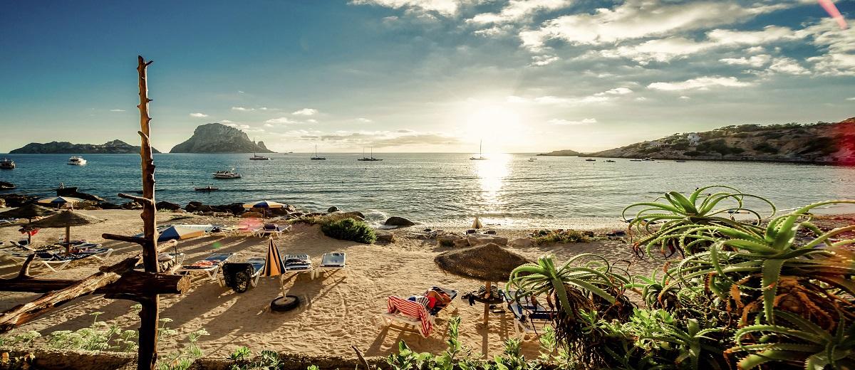 Villas in Ibiza - Oliver's Travel
