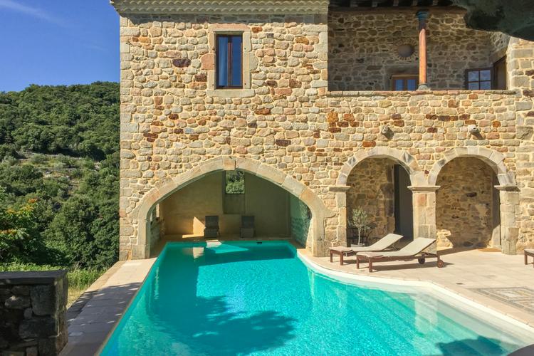 Chateau De Mazelle - Oliver's Travels