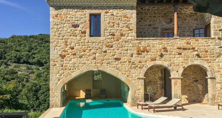 Chateau De Mazelle