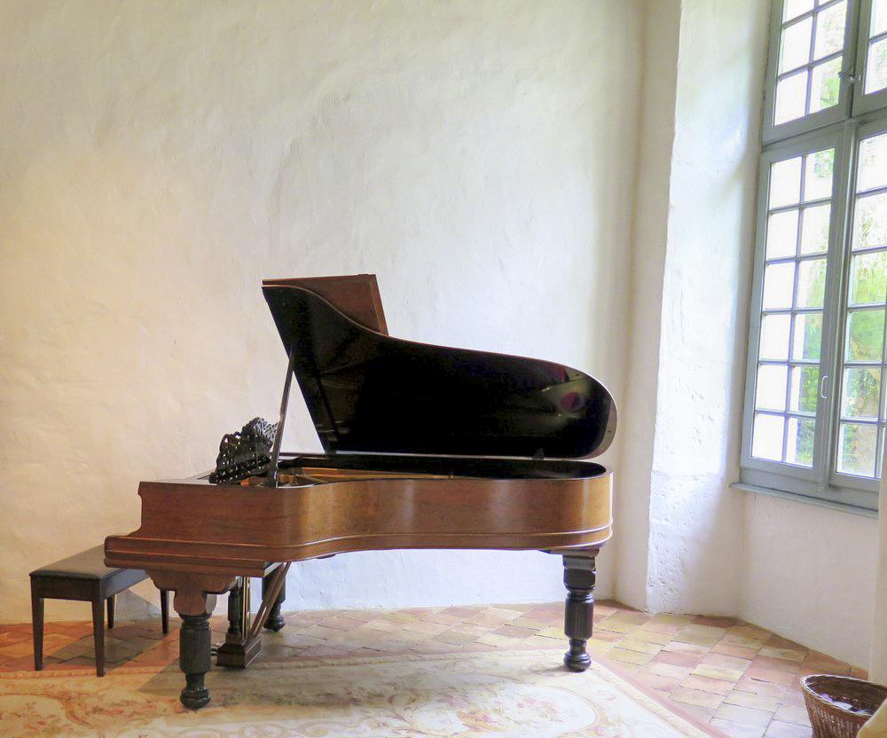 Domaine Fabriges - Sleeps 20