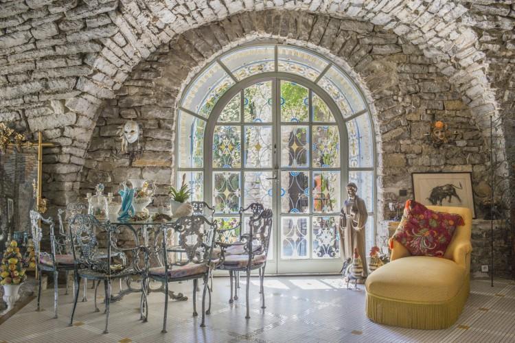 Domaine-de-Favaze-Languedoc-Olivers-Travels villas in Languedoc