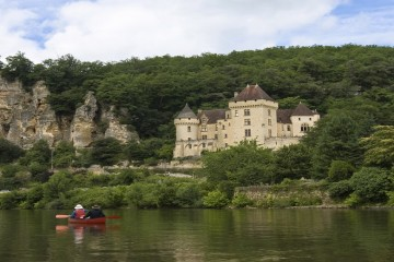 Canoing among Castles - Dordogne