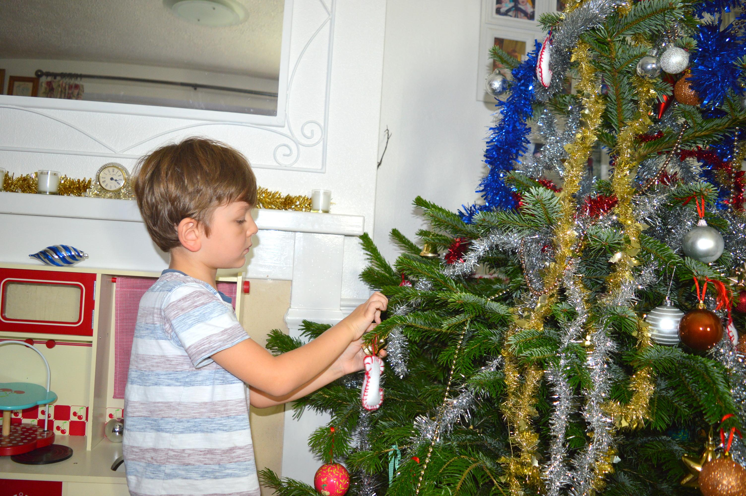 Christmas Decorations - Tania