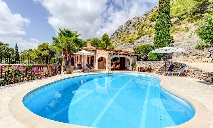 Ajuga Fonto, Mallorca, Villas in Mallorca