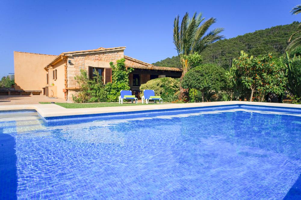 La-Azulina-Mallorca-Olivers-Travels- villas in Mallorca