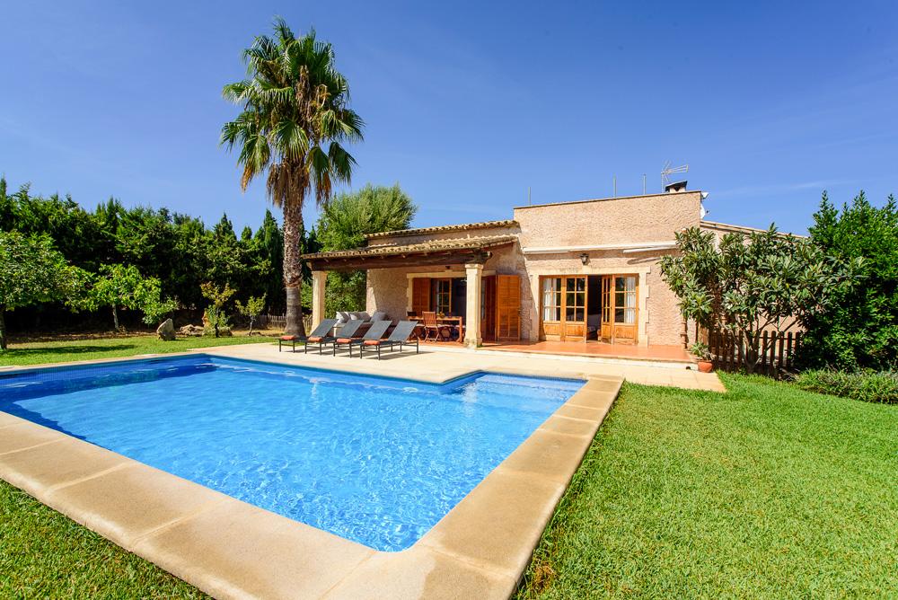Villa-Madia-Mallorca-Olivers-Travels