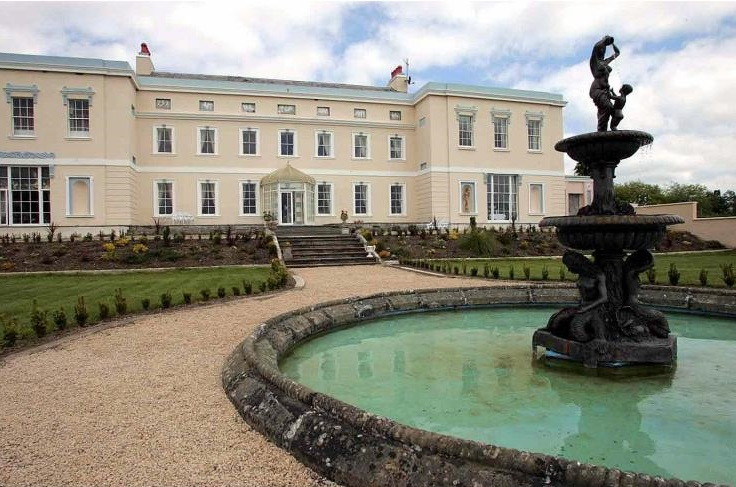 Kildare Palladian Mansion - Sleeps 30
