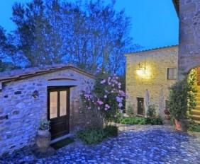 Villa il Gufo - Villas in Tuscany - Oliver's Travels