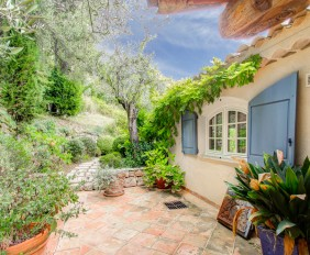 Villa Lunetta - French Riviera - Oliver's Travels