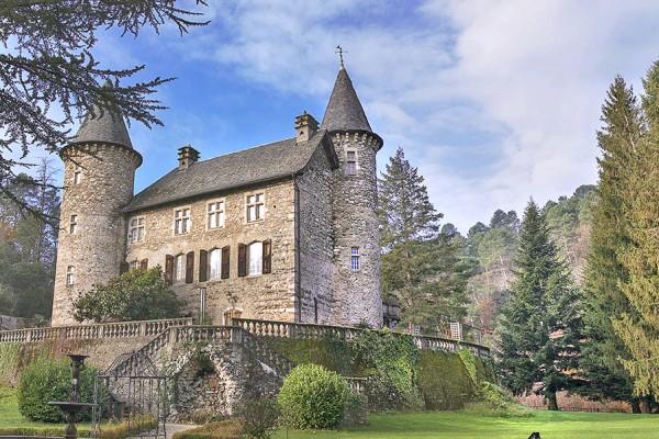 Chateau Chamborigaud - Languedoc - Oliver's Travels