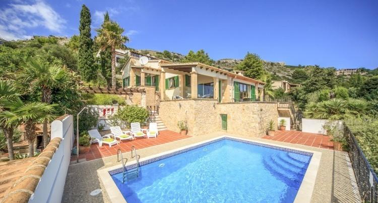 Ludzia-Mallorca-Olivers-Travels-1