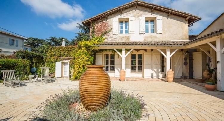 Villa-Shambhala-Dordogne-Olivers-Travels-France-1