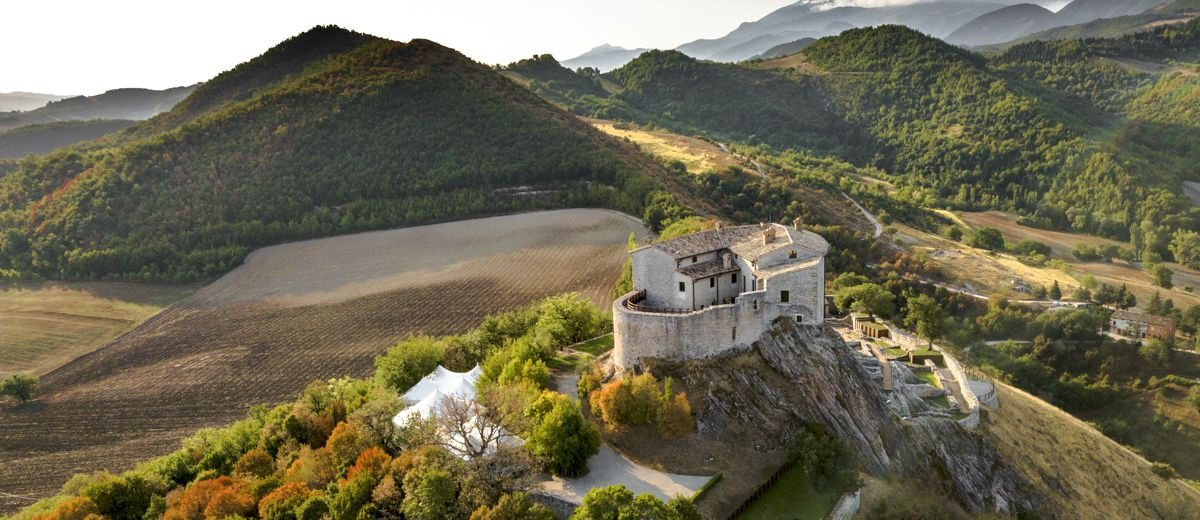 10 Amazing Fairytale Castles You Can Rent - Oliver's Travels