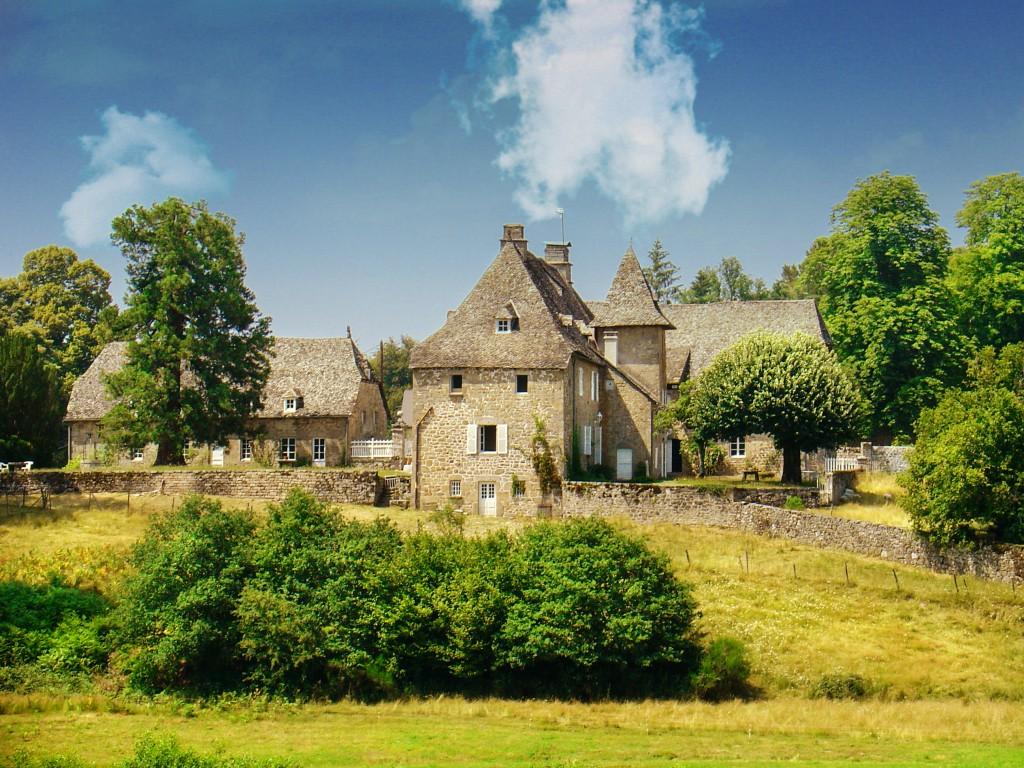Chateau De Camiller - Auvergne & Limousin - Oliver's Travels