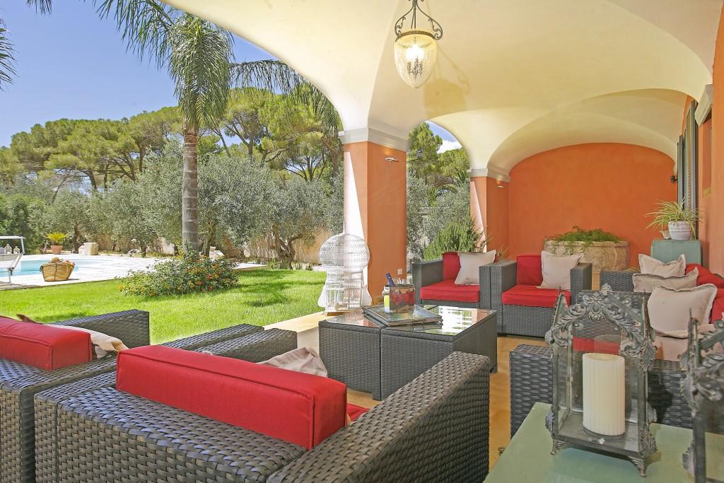 Villa Alvino - Sicily - Oliver's Travels