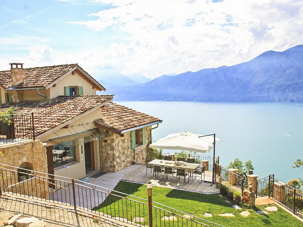 Villa Regina - Italian Lakes - Oliver's Travels
