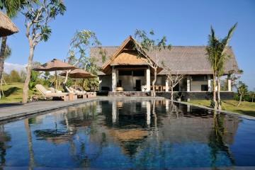 villa feature