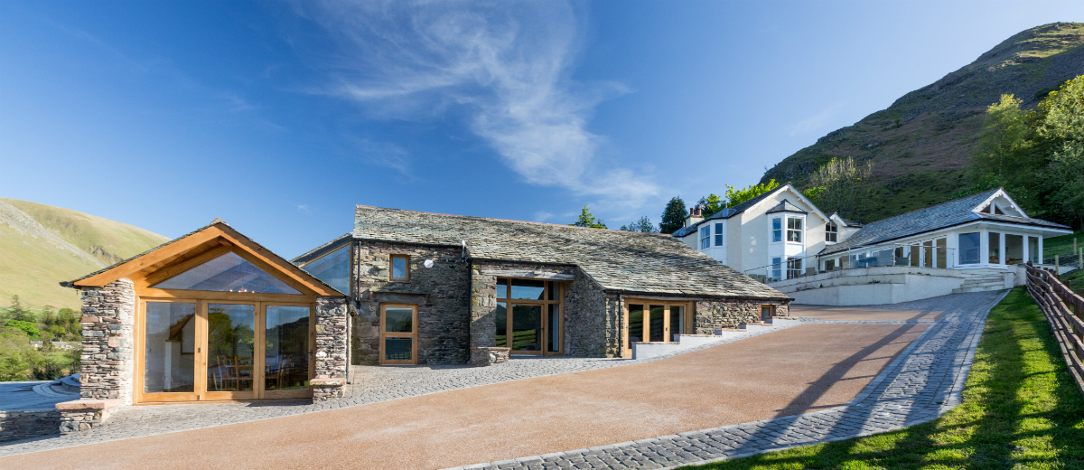 Top 10 UK Cottages with Hot Tubs - Lakeside House - Oliver's Travels