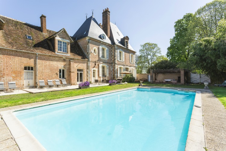 Chateau-le-Brun-Loire-Valley-Olivers-Travels