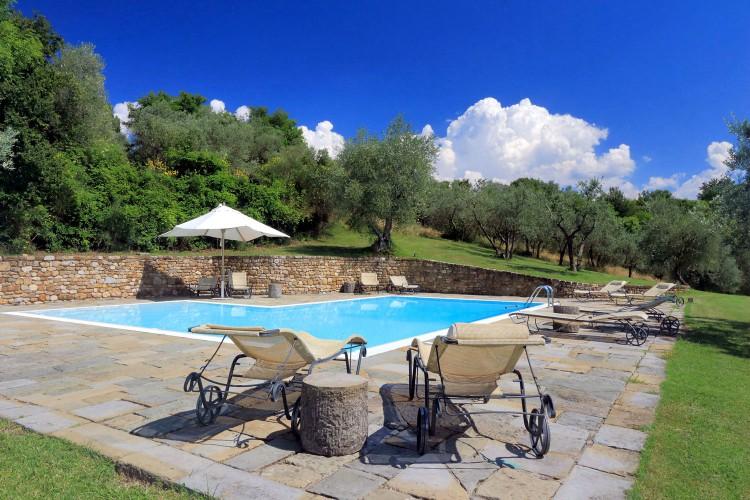 Casa-Poggio-Tuscany-Olivers-Travels