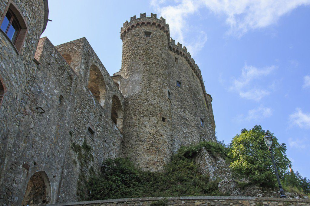 Castello-Fosdinovo-Olivers-Travels
