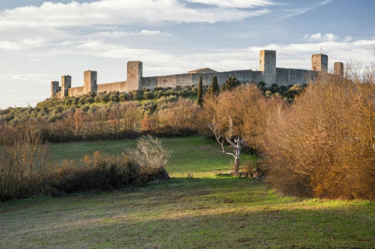 Monteriggioni - Oliver's Travels