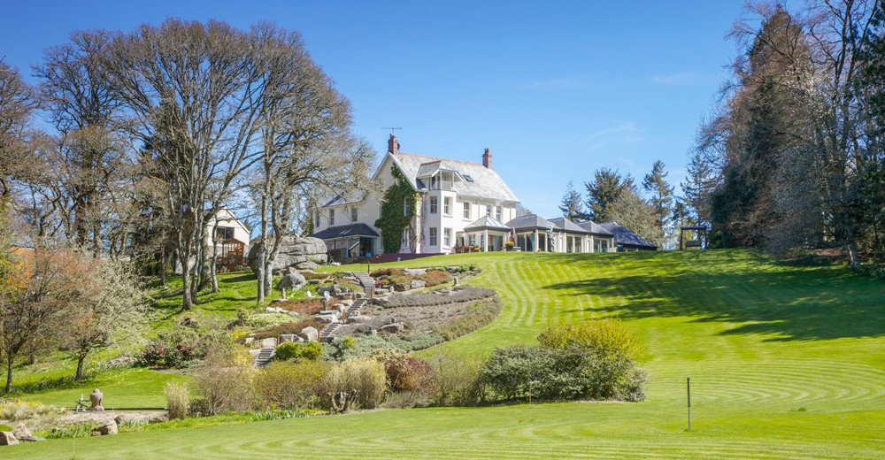 Puggiestone-House-Devon-Olivers-travels1