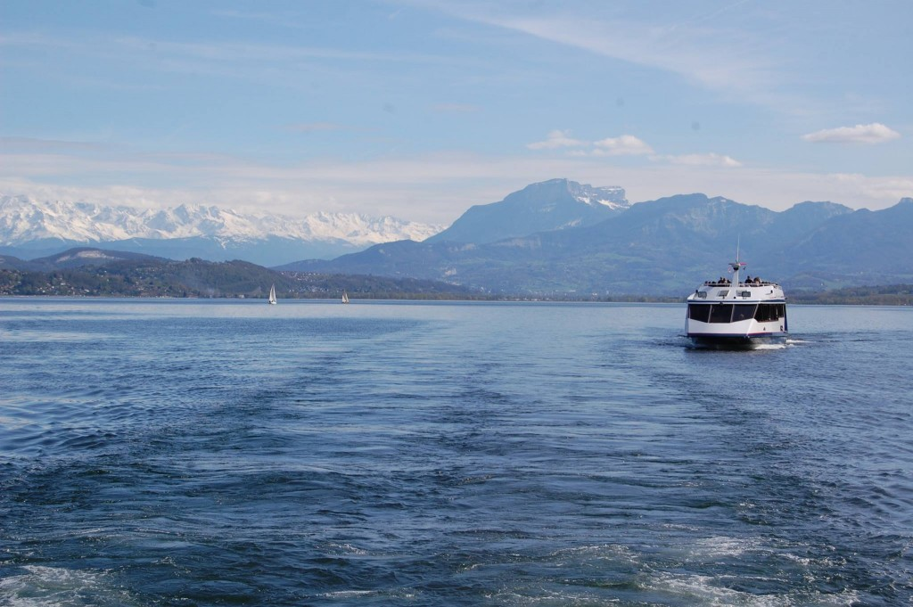 Take a cruise with Compagnie des Bateaux du Lac du Bourget et du Haut Rhône