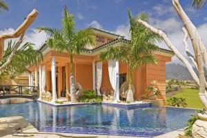 A4 Recepcion - Royal Garden Villas