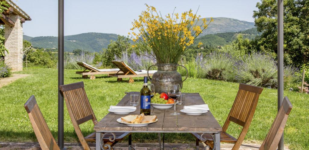 Villa Francis-Umbria- Olivers Travels