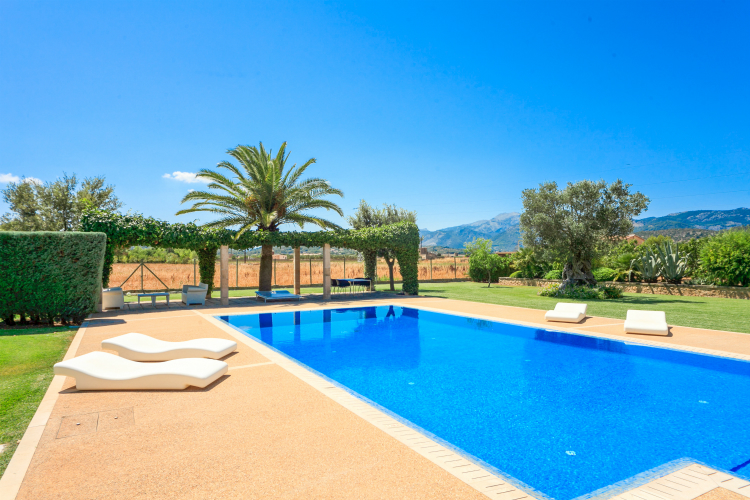 Villa-Canna-Pella-Mallorca-Olivers-Travels
