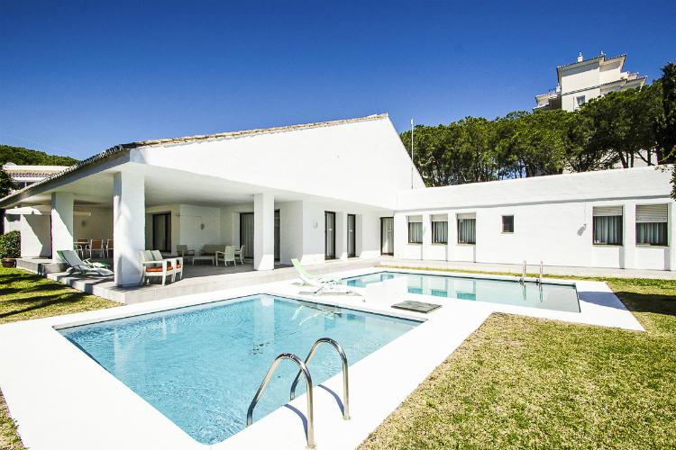 Villa Elba - Costa Del Sol - Oliver's Travels