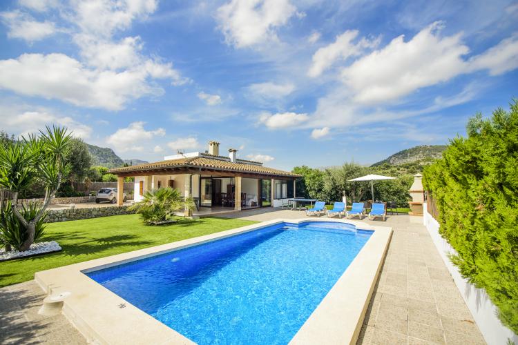 Villa-Propina-Mallorca-Olivers-Travels