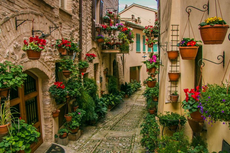 towns and villages in Umbria - spello