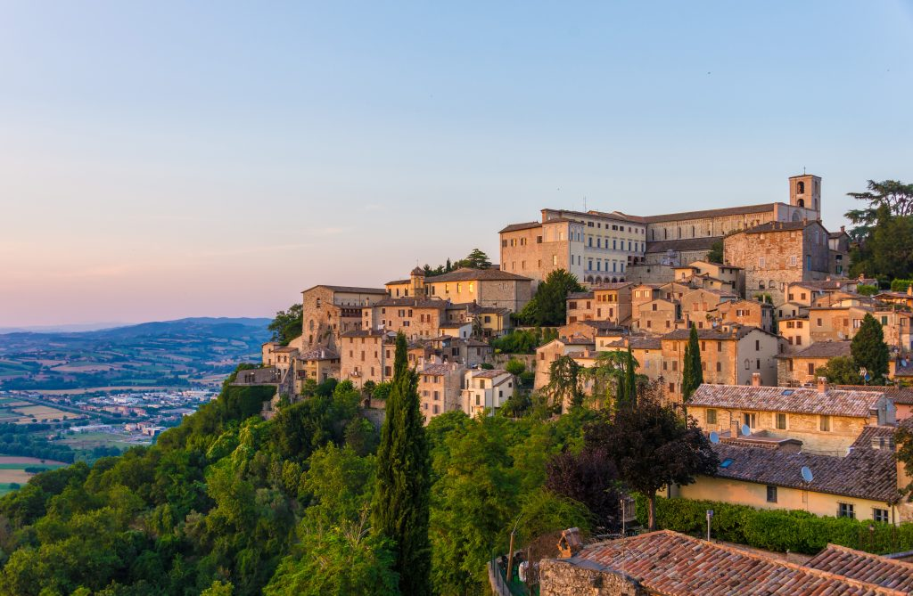 7 of the Most Beautiful Towns and Villages in Umbria | Oliver's ...