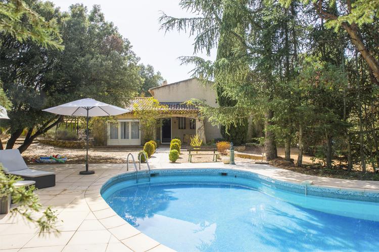 Villa des Pins - Oliver's Travels