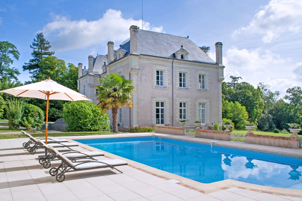 Chateau Anais - Loire Valley - Oliver's Travels - France