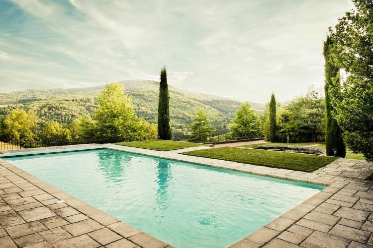 Chateau-Beaujeu-Rhone-Alpes-Olivers-Travels