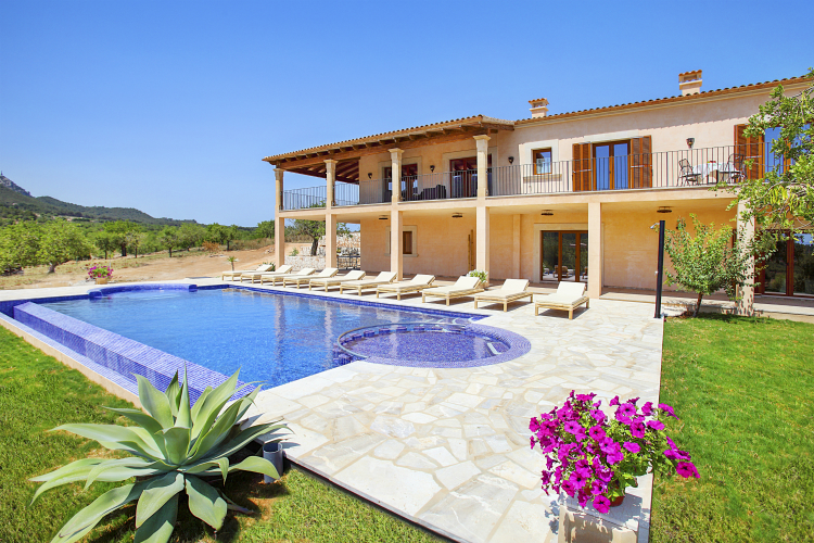 Villa-Almond-Mallorca-Olivers-Travels