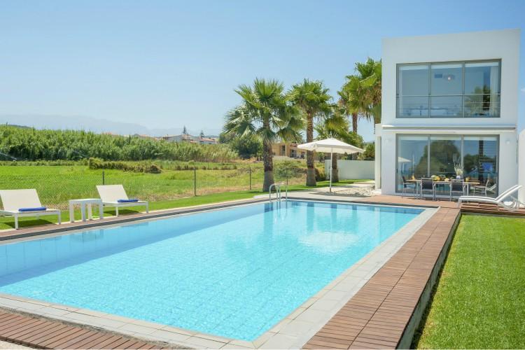 Blue-Sea-Villa-Crete-Olivers-Travels