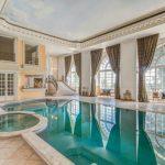 Chateau De La Victoire, sleeps 14, prices from £206pppn