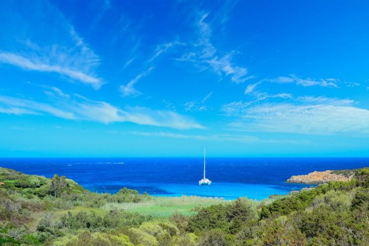 Costa Smeralda shoreline